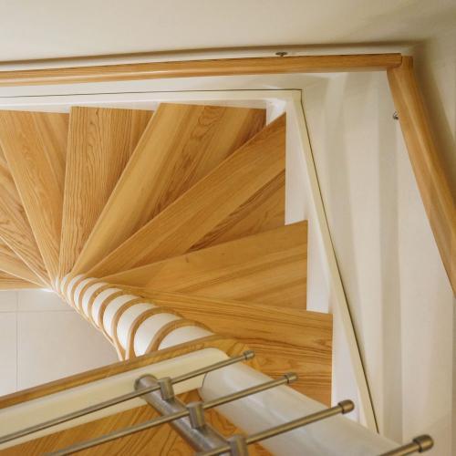 Holztreppe Modell 22